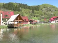 Vidra, un loc cu peisaje de poveste, perfect pentru mini-vacanţa de 1 mai