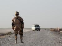 Opt soldați români, răniți într-un atentat sinucigaș în Afganistan. Au fost ținta unui autovehicul capcană