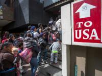 """O caravană cu migranți a ajuns la granița cu SUA: """"Sperăm ca Guvernul să ne deschidă porțile"""""""
