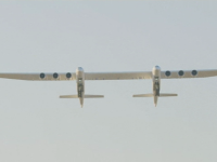 VIDEO. Cel mai mare avion din lume a zburat pentru prima dată. Are șase motoare