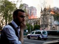 """Incendiul de la Notre Dame. Martor român: """"Jumătate de catedrală era roșie"""""""