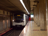 Un bărbat a murit după ce a căzut pe șine, la stația de metrou Izvor