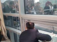 Pedeapsa bizară primită de un politician care nu a vrut să voteze o lege