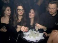 De 1 Mai, tinerii cheltuie mii de lei în cluburile din Mamaia: