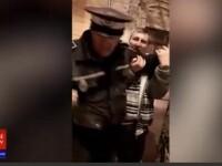 VIDEO. Polițist local din Galați, filmat într-o puternică stare de ebrietate