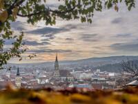 Restricţii în Cluj-Napoca şi în şase comune, începând de vineri. Accesul în restaurante, doar cu certificat verde