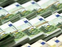 Euro coboară spre pragul de 3,40 lei, dar poate şi creşte la fel de repede