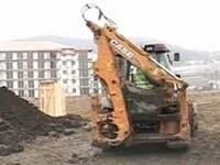 Grav accident de munca in Mioveni: a murit sufocat sub un mal de pamant