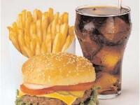 Esti de acord cu introducerea taxei pe produsele fast food? Comenteaza aici