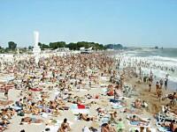 Amenzi de zeci de mii de lei pentru soferii care parcheaza pe plaja!