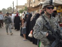 Rusia isi mentine trupele in puncte strategice din zona de razboi
