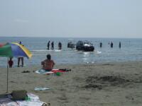 Curatenie pe plaja! Se demoleaza constructiile ilegale de pe litoral