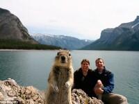 Identificati turistul din poza urmatoare!