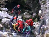 Actiune de salvare cu elicopterul in Muntii Fagaras. 6 turisti moldoveni au ajuns intr-o rapa