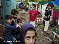 NY Times: Romii din Romania pun la incercare principiul granitelor libere
