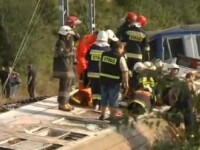 Tren de calatori deraiat in centrul Poloniei. O persoana a murit si alte 56 au fost ranite. VIDEO