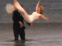 Nunta UDA. Si-a aruncat mireasa in valurile marii la cateva ore dupa ce i-a spus ca o va iubi vesnic