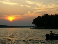 Inelul de Piatra, insula misterioasa din Dunare, care sta la suprafata apei doar cateva luni pe an