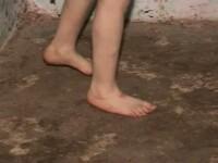 Tanara bolnava, tratata inuman de mama ei, internata la psihiatrie. Autoritatile ancheteaza cazul