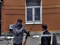 Prostituate, vanzari de arme si alte imagini spectaculoase surprinse de Street View. GALERIE FOTO