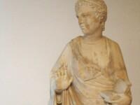 Un turist american a rupt din greseala degetul unei statui de o valoare inestimabila