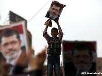 Politia foloseste gaze lacrimogene pentru a dispersa o reuniune pro-Morsi la Cairo