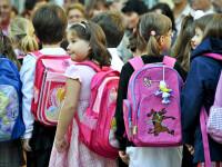 Ce trebuie sa aiba un elev in prima zi de scoala. Setul minim de rechizite si ghiozdanul full-option