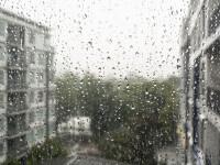 Weekend-ul aduce vreme rea si ploi in toata tara. Cod galben de vant puternic in urmatoarele ore