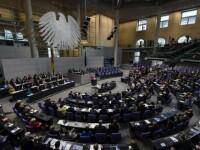 Bundestagul a aprobat al 3-lea plan de asistenta pentru Grecia, de 86 mld. euro. Obstacolul de care se loveste Atena