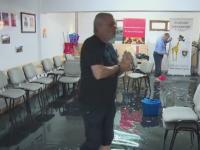Scandal intr-un bloc din Pitesti. Un festival de scurtmetraje, anulat dupa ce subsolul unde are sediul a fost inundat