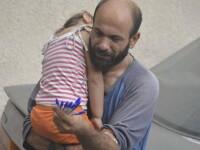 Un refugiat care vindea pixuri pentru a cumpara mancare a strans 17.000 de dolari in 3 ore dupa ce poza a devenit virala