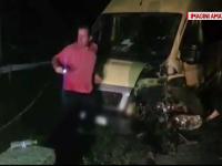 Un sofer de 24 de ani din Dolj a intrat puternic cu bolidul intr-un microbuz cu copii. Ce s-a intamplat cu 4 eleve
