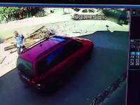 Un sofer a spulberat o caruta si a lovit o masina, dupa ce a furat un taxi. Ce a descoperit politia cand l-a dus la spital