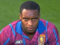 Un fost fotbalist al clubului Aston Villa a murit dupa ce politistii au folosit asupra lui un aparat cu electrosocuri