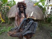Tribul din Papua Noua Guinee care inca pastreaza mumiile stramosilor lor. Imaginile inedite surprinse in salbaticie
