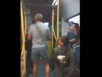 Scene incredibile intr-un autobuz din Suceava. Doi barbati s-au luat la bataie dupa ce s-au certat dintr-un motiv banal