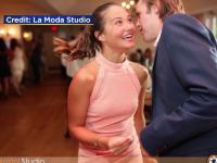 Au venit la nuntă, deși n-au fost invitați, și au fost sufletul petrecerii