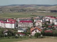 23 de case din Caraș-Severin riscă să fie demolate. Oamenii le-au construit ilegal, peste o magistrală de gaz