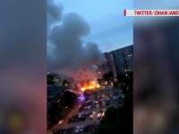 Peste 80 de mașini, incendiate de bărbați mascați în trei orașe din Suedia