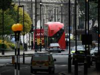 """Incident terorist la Londra. Primele mărturii: """"Un bătrân mi-a zis să mă ascund"""""""