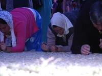 Sfânta Maria la Mănăstirea Nicula: mii de credincioși în vârstă au făcut ture în genunchi