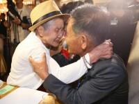 O mamă și-a revăzut fiul după 68 de ani. Unul a trăit în Coreea de Nord, celălalt în Sud