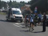 Patru adolescenţi răniţi după ce o maşină a intrat într-o coloană de ciclişti în Brașov