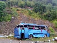 16 morţi în accidentul rutier din Bulgaria. Un autocar cu turişti a căzut de pe serpentine