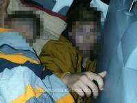 Descoperirea terifiantă a polițiștilor de frontieră între banchetele unui microbuz