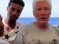Richard Gere, apel pentru susținerea migranților. Salvini: Să-i ia pe toți la Hollywood