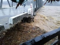 Efectele devastatoare ale taifunului Bailu. 2 persoane au murit, alte 8.000 au fost afectate