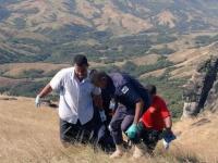 Moarte suspectă în Fiji. Un copil a fost găsit pe un deal, lângă cinci persoane decedate