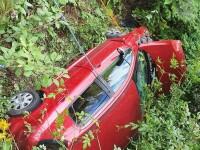 Accident pe Transfăgărășan: O mașină în care se aflau doi soți a căzut într-o râpă