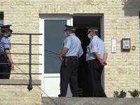 Ce au pățit doi bărbați care i-au înjurat pe polițiști, după ce au fost prinși la o terasă după ora închiderii